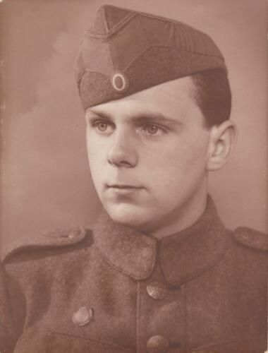 Som soldat måske før krigen